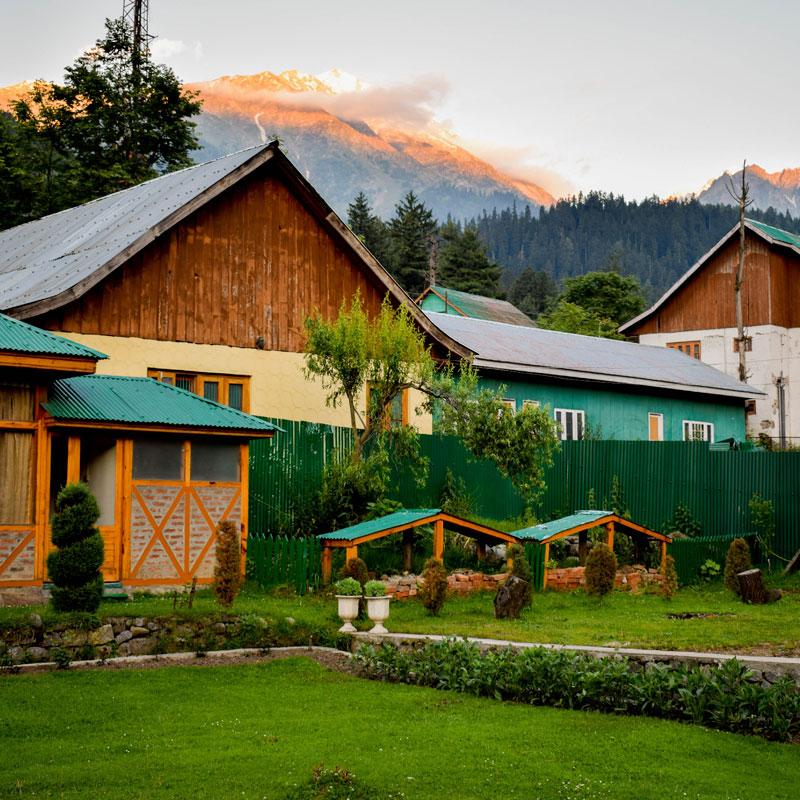 Seguro para campings, seguros para turismo rural, seguros casas de colonias, seguros para albergues. Seguros para casas rurales.